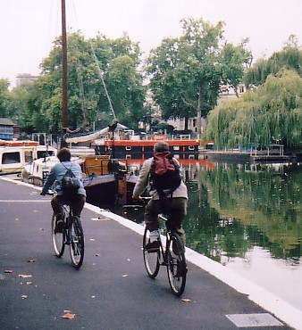 Cycling along the Little Venice basin